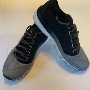 Under Armour Sneakers Women's Size 8.5